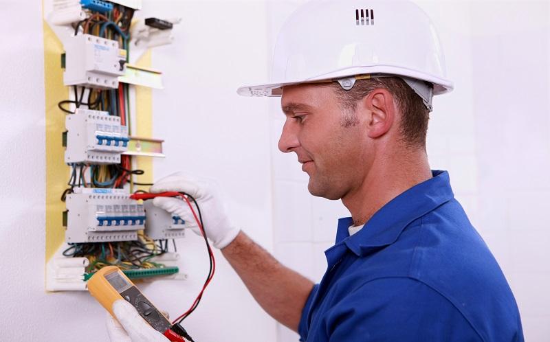 Electricien à Carouge pour vos installations électriques